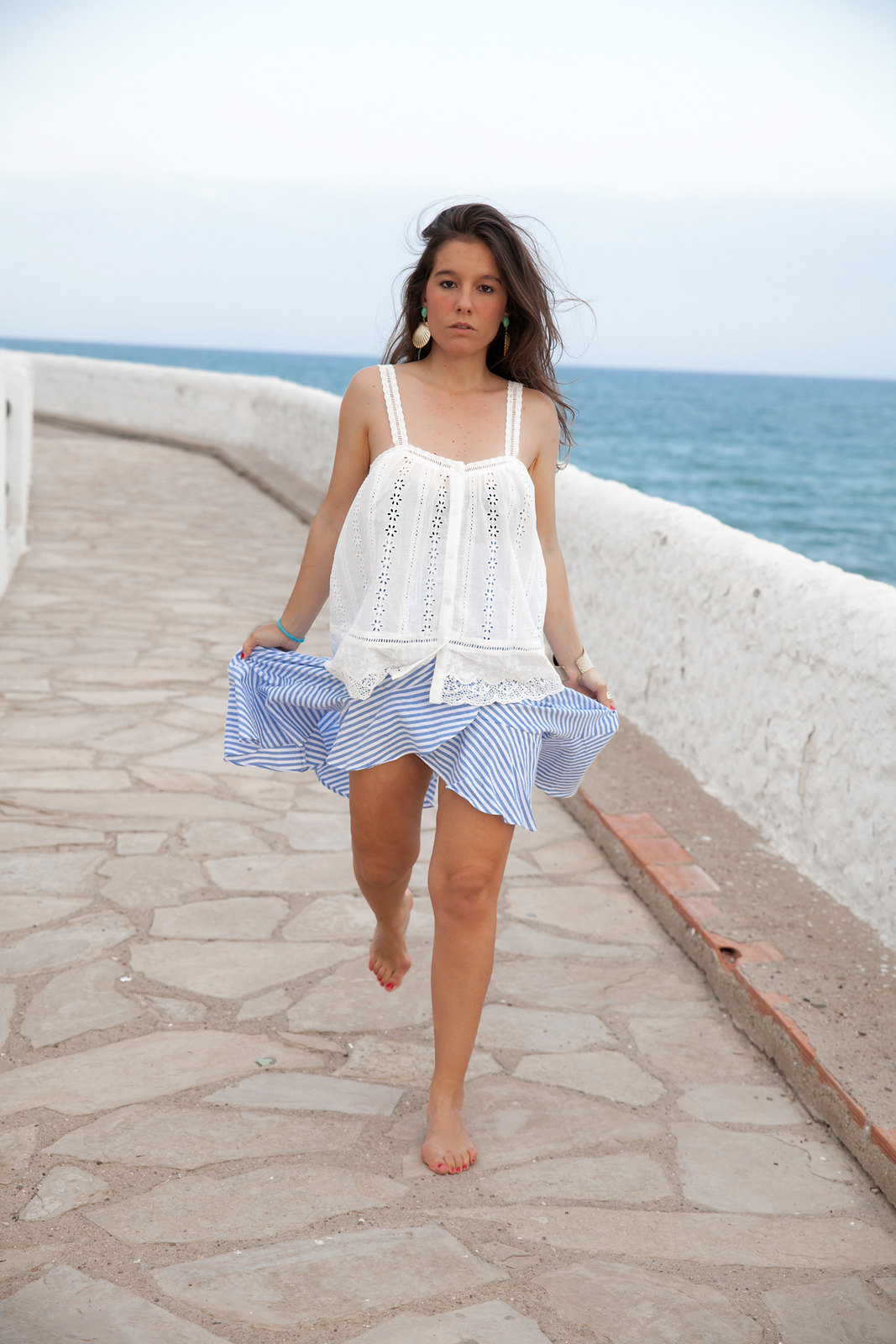 El look perfecto de verano para una Mediterranean Girl cubelles theguestgirl laura santolaria