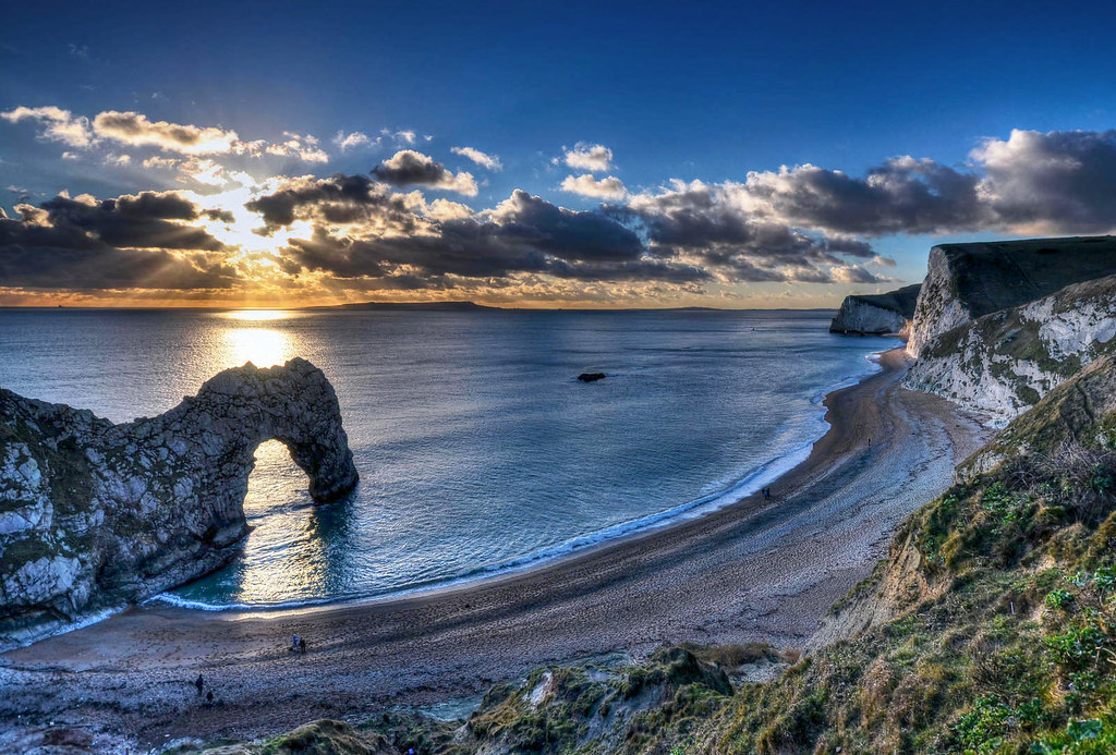 Durdle Door, Dorset. Credit Baz Richardson, flickr