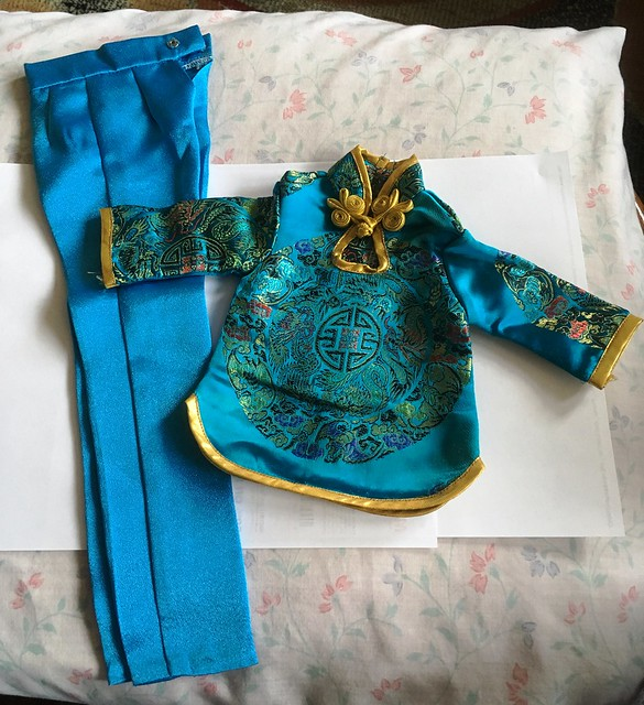 Lovely silky Chinese outfit SD girl size (Lishe) 15