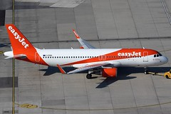 EasyJet Airbus 320-214 G-EZRG (c/n 7693)