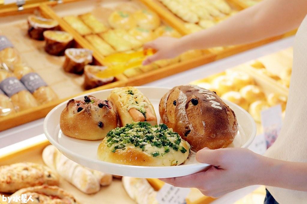 40661790420 49b5f0af5e b - 熱血採訪|本丸麵包,每日手感烘焙新鮮出爐,大推爆滿蔥仔胖、明太子法國麵包