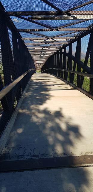 Thu, 05/31/2018 - 07:44 - Bike path bridge over the the freeway