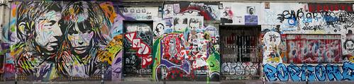 Façade of the Serge Gainsbourg home - 5bis, rue de Verneuil, Paris 6th arr - Explore!