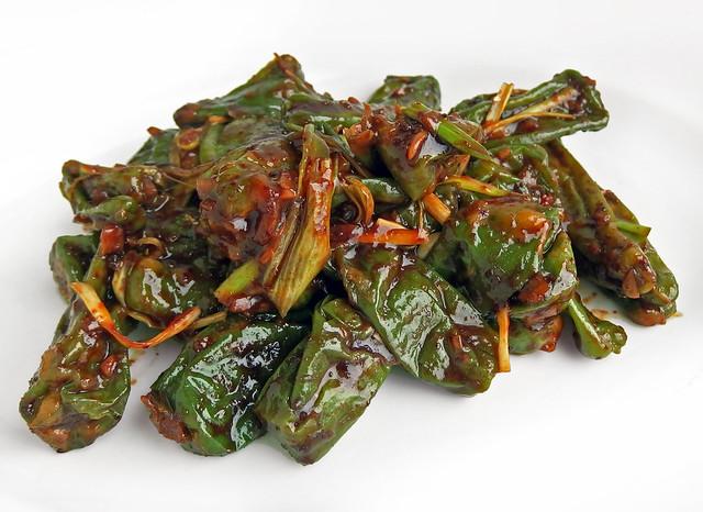 Koreaans gestoomde chilipepers