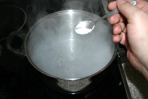 41 - Wasser salzen / Salt water