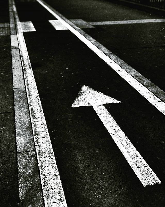 New direction #road #sign #path #way #new #arrow #blackandwhite #bw #black #white #mood #moodoftheday #igers #igersmilano #igersitalia #photooftheday #picoftheday #photography #stripes