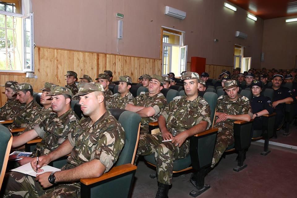 الجزائر : صلاحيات نائب وزير الدفاع الوطني - صفحة 22 41903545694_364d5fd0ef_b