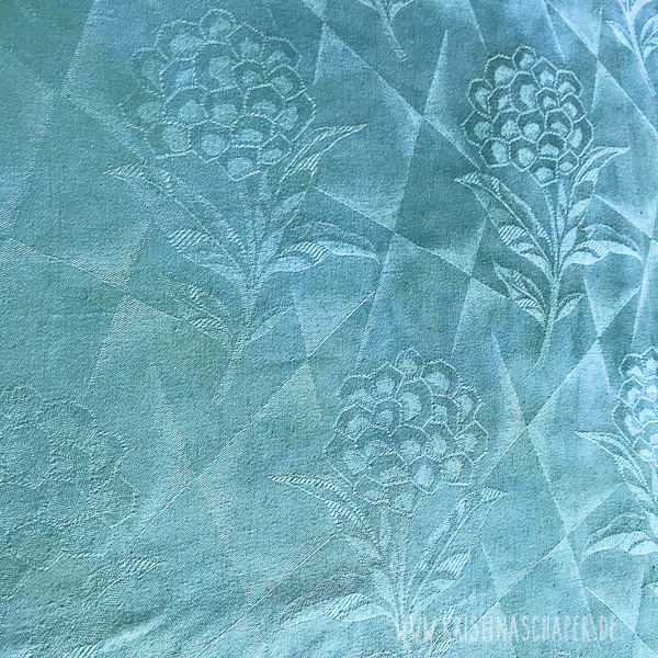 Handdyed_fabric_by_Kristina_9279.jpg