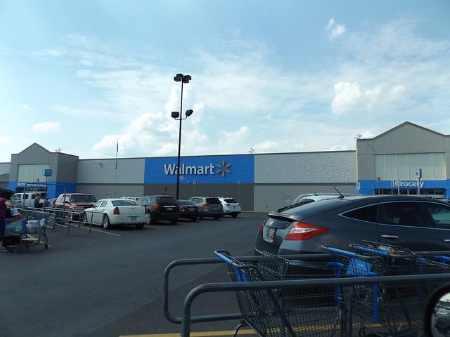 Walmart #47 Sallisaw, OK, Fujifilm FinePix S8600 S8650 S8630