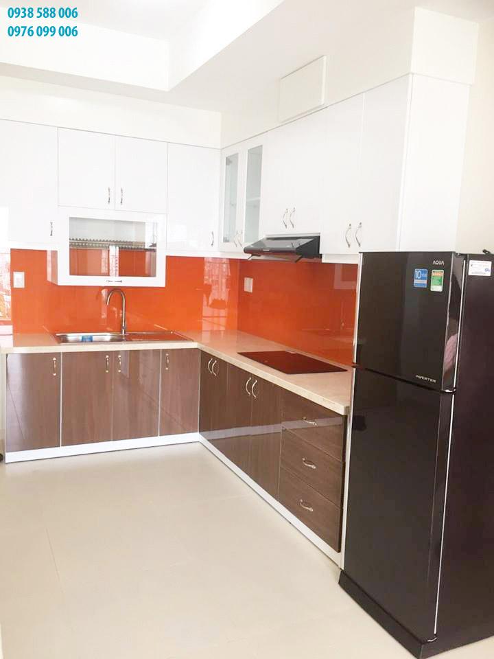 cho thuê căn hộ 2 phòng ngủ M-One: Bếp và tủ lạnh.