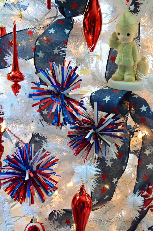 Patriotic Tree-Housepitality Designs-13