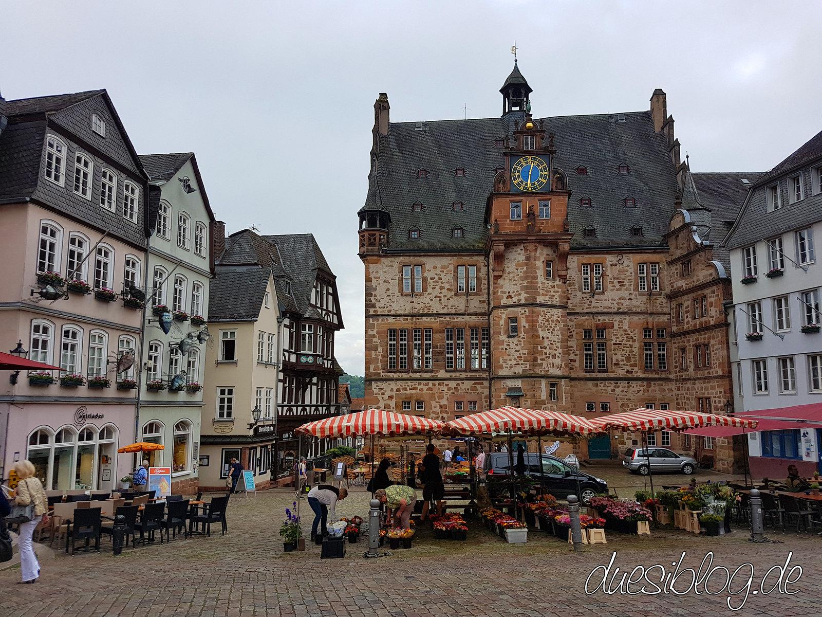 Marburg Marktplatz Altes Rathaus Travelblog Düsiblog 02