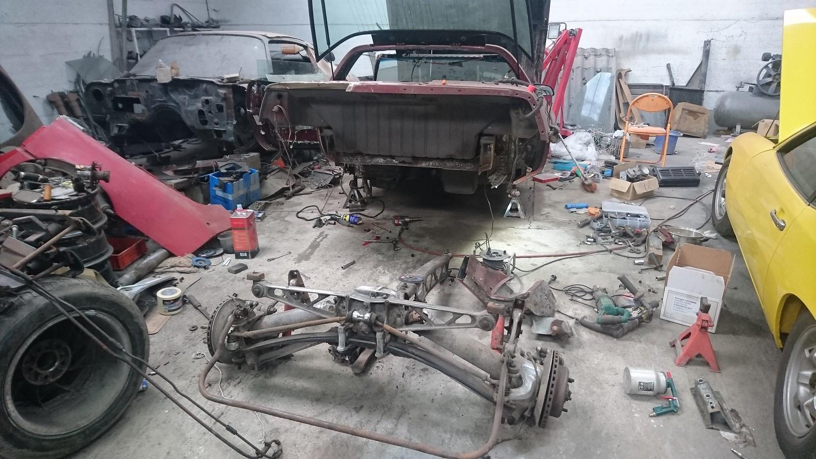 Restauration Corvette de 1987 Z52 42578317262_2a32c67850_h