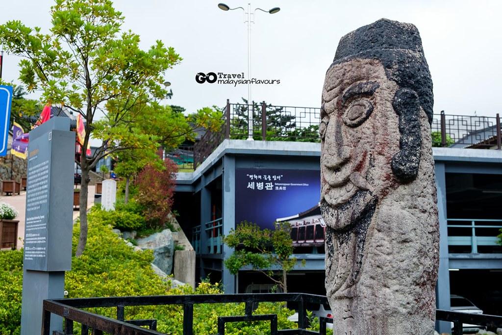 Beoksu Stone Statues in Munhwa-dong, Tongyeong