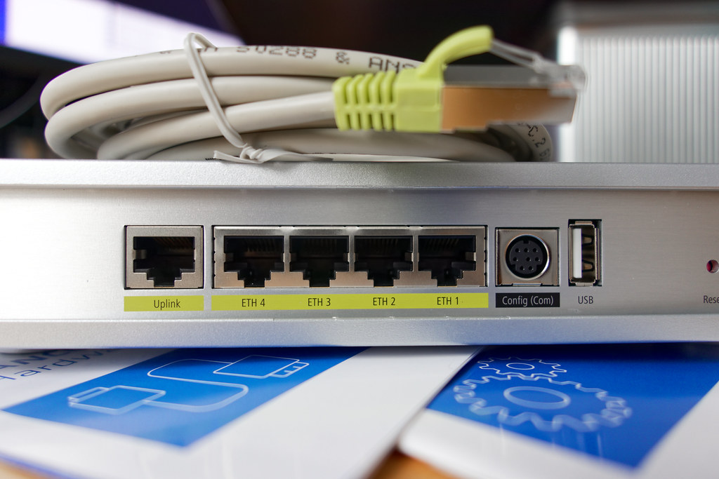 Backside of a WLC | A little LANCOM wireless LAN controller ... on