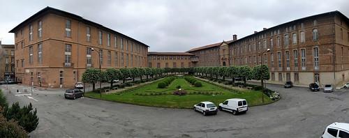 Hôtel-Dieu Saint-Jacques - Toulouse, France