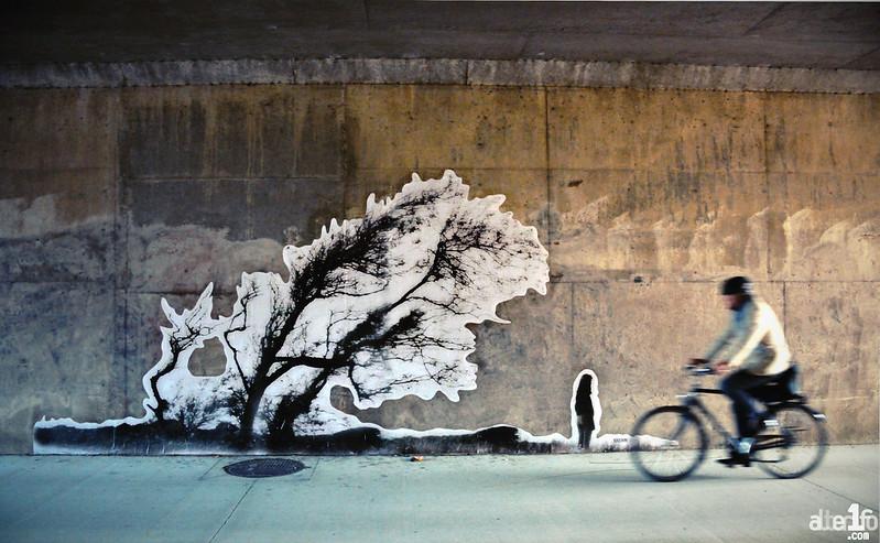 [07 juin 2018] – Un jour, une photo : « Contre les murs » s'étale sous les ponts
