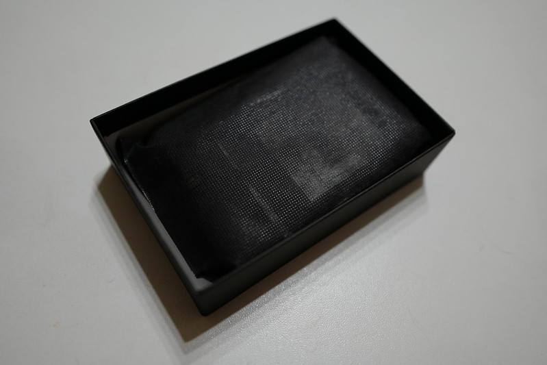 ARTISAN ARTIST ACAM 301N SLVパッケージの中身