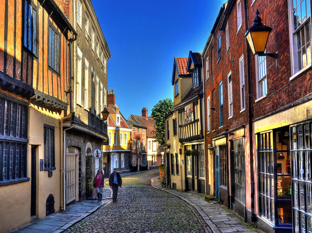 Elm Hill, Norwich. Credit Baz Richardson, flickr