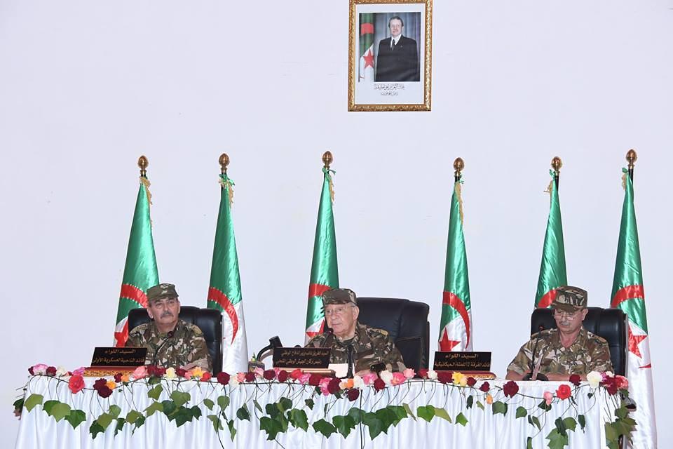 الجزائر : صلاحيات نائب وزير الدفاع الوطني - صفحة 22 40813819560_d02654048b_b
