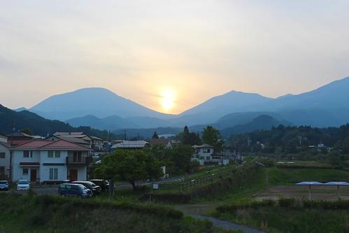 nikko 日光 nikkō 栃木県 tochigiprefecture 関東 kanto honshu japan nihon asia 日本 sunset hills mountains houses