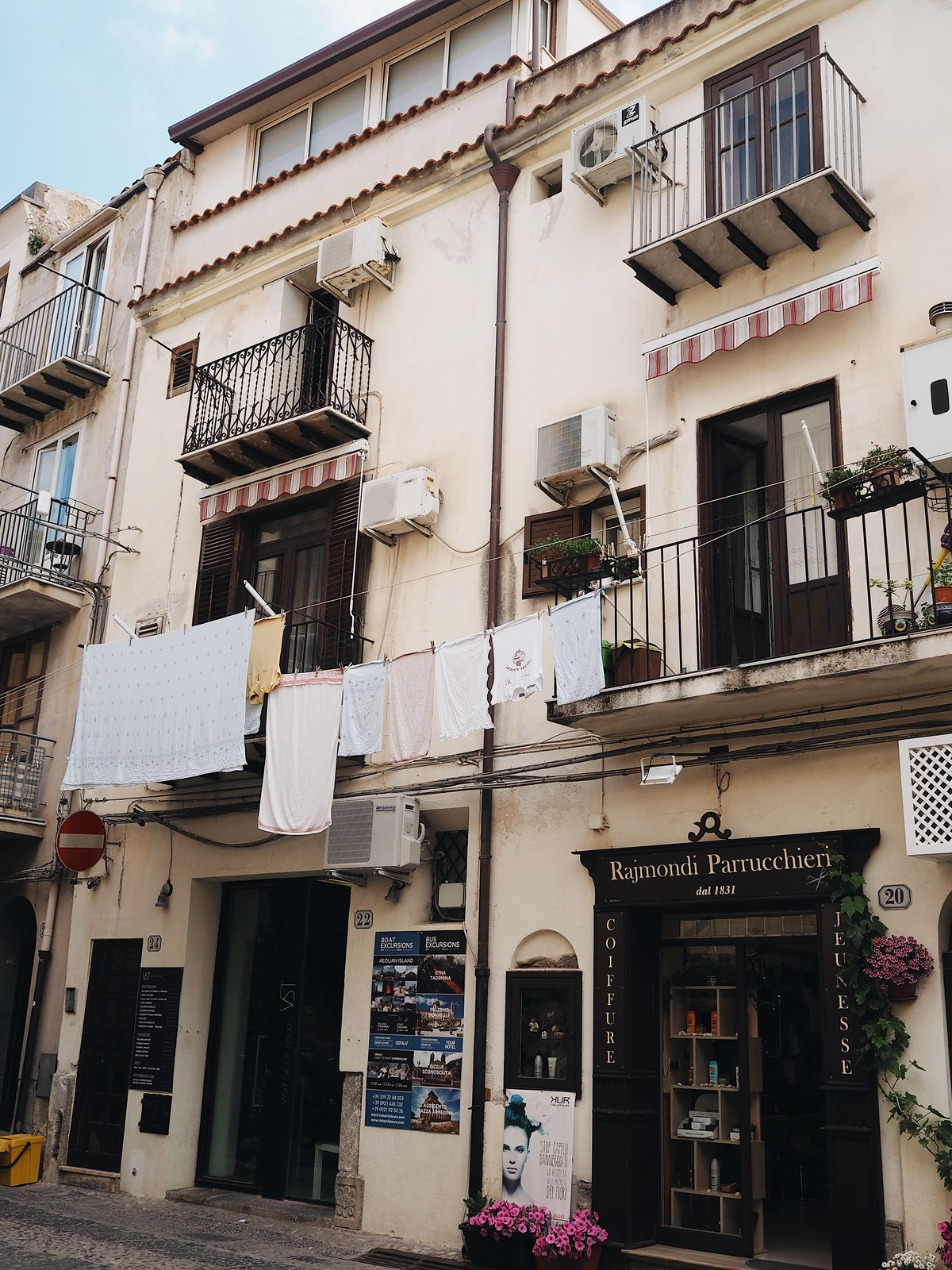 A Relaxing Break in Cefalù, Sicily | Hannah and The Blog