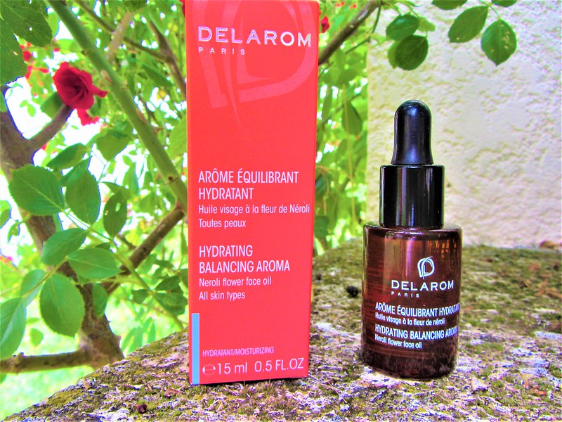 delarom-routine-soins-visage-arome-equilibrant-hydratant-thecityandbeauty.wordpress.com-blog-beaute-femme-IMG_0634 (3)