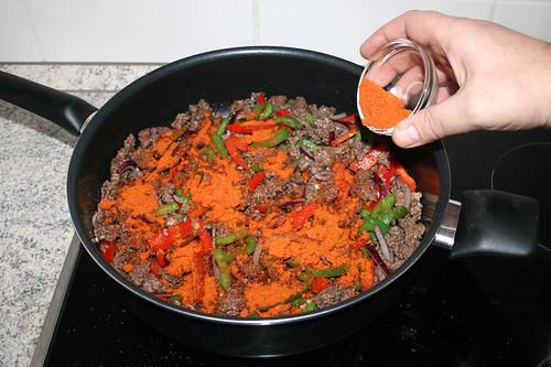 23 - Taco-Gewürz einstreuen / Intersperse taco seasoning