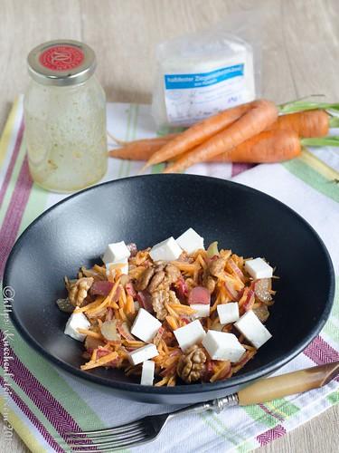 Roher Rhabarber-Karotten-Salat (1)