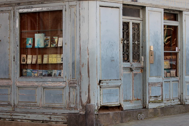 The old bookshop, Canon EOS 600D, Canon EF 70-200mm f/4L IS