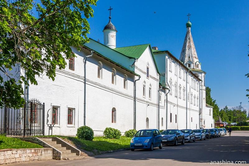 Архиерейские палаты, Соборная колокольня, Суздаль