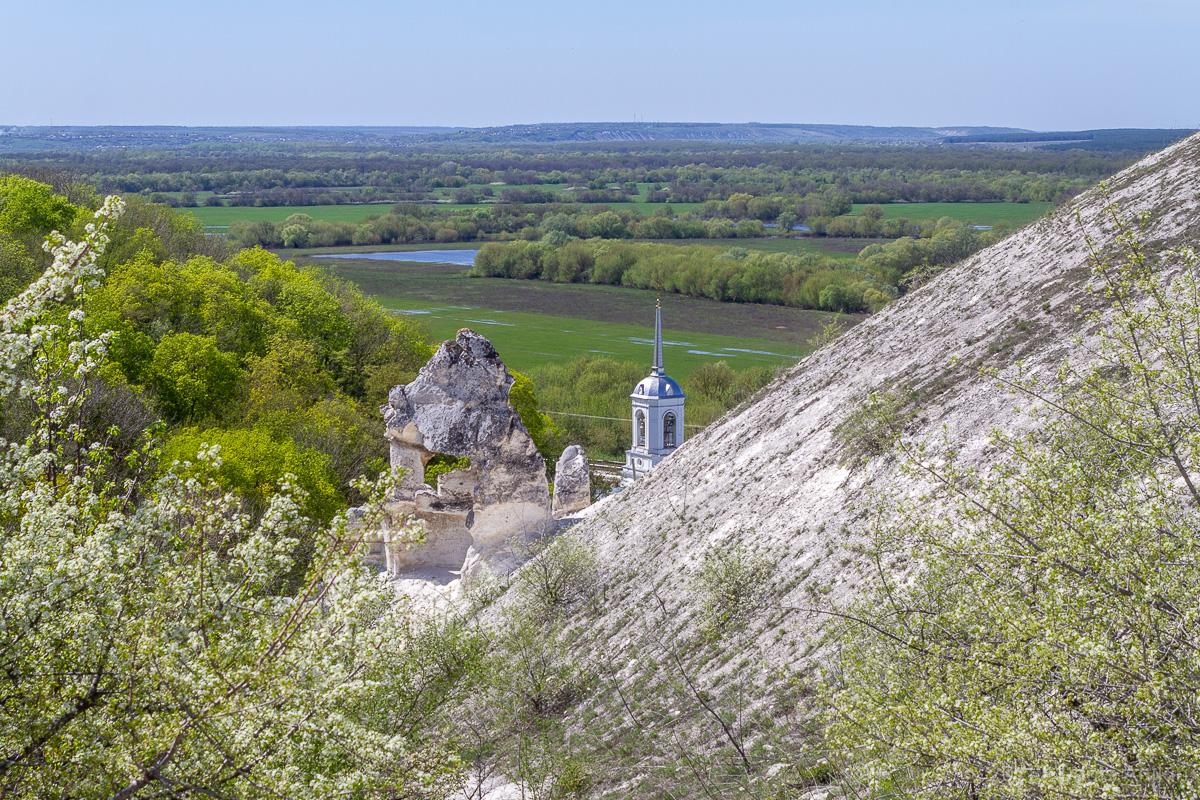 Пещерная церковь Дивногорского Свято-Успенского мужского монастыря фото 13