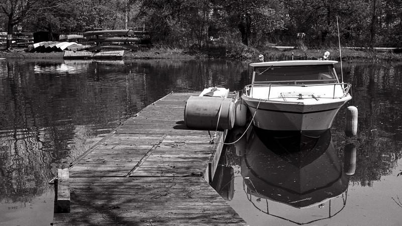 Toronto Island Speedboat