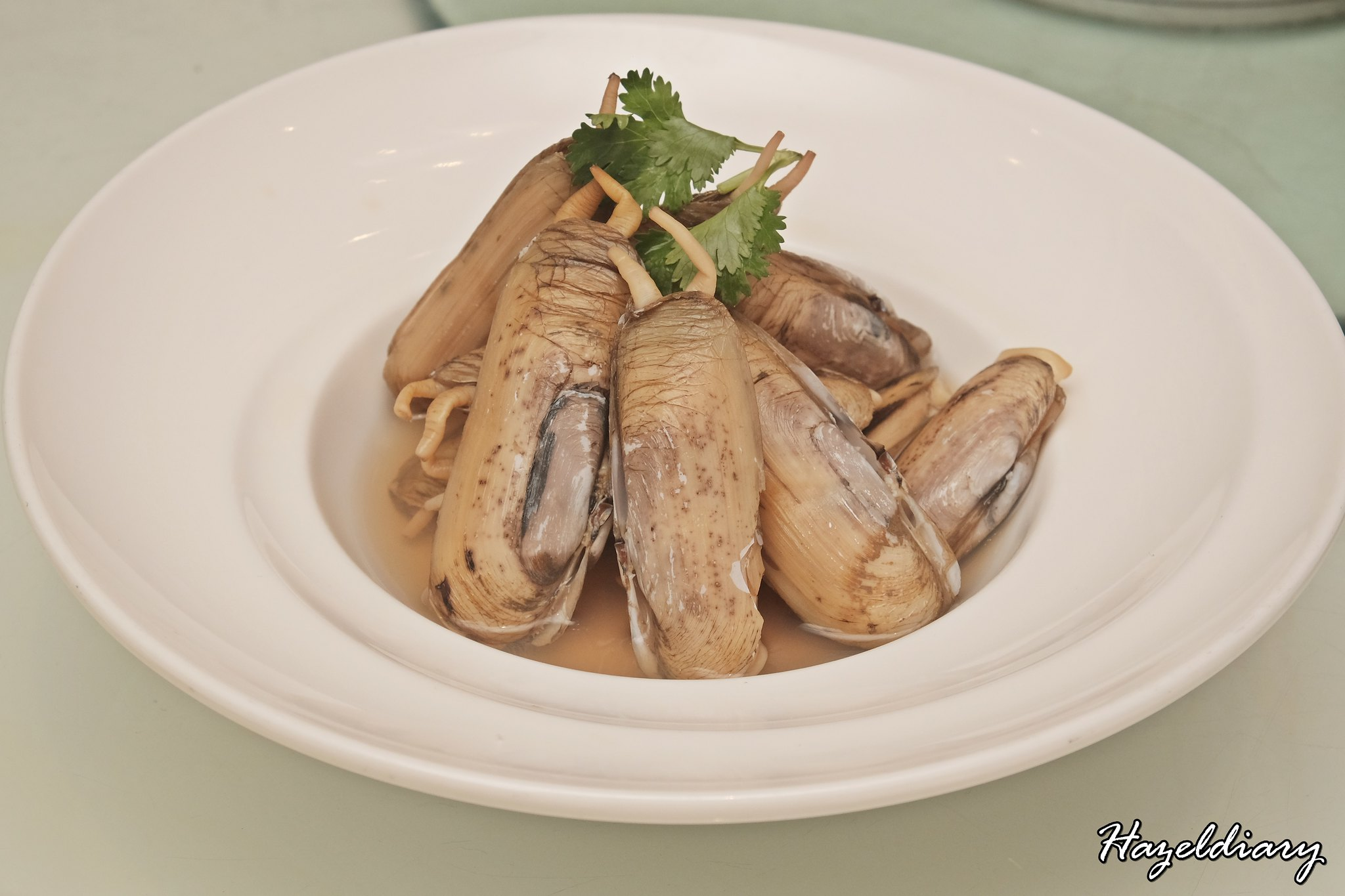 Putien-Chilled DUOTOU Clam in Fermented Wine