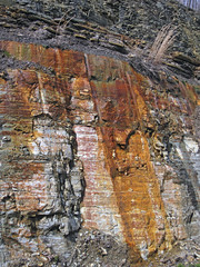 Bleeding unconformity (Chattanooga Shale over Cumberland Formation; Burkesville West Rt. 90 roadcut, Kentucky, USA) 9