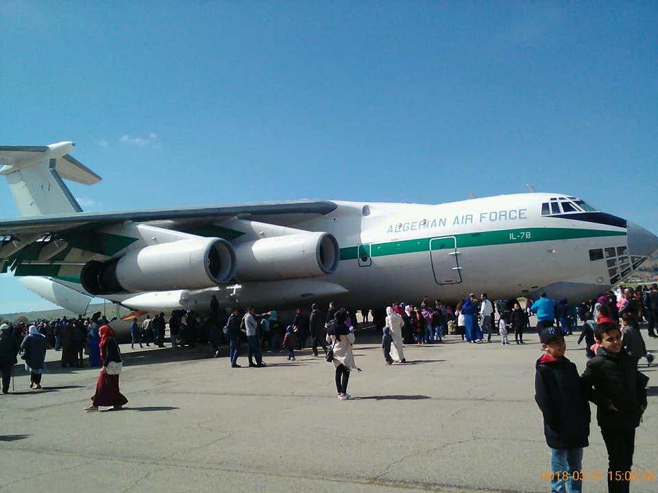 أكبر و أضخم موسوعة صور لطائرات النقل و الشحن الجزائرية AAF- iL 76/ iL 78 - صفحة 37 41548305025_c49c49a282_b