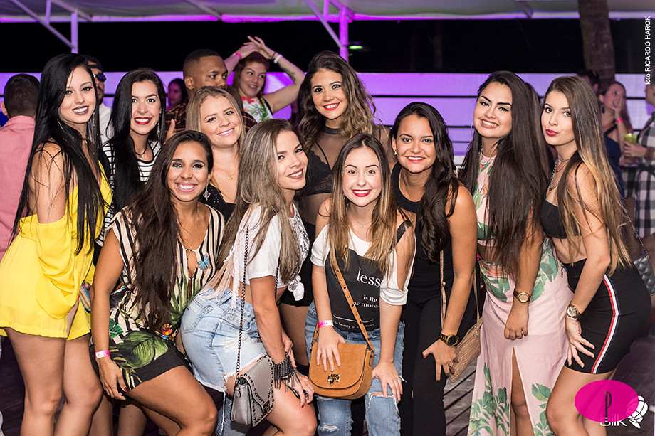 Fotos do evento Deep Please Day Party em Silk Beach Club
