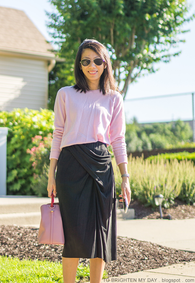 pink cashmere sweater, dark gray front knot midi skirt, pink bucket tote, two tone watch