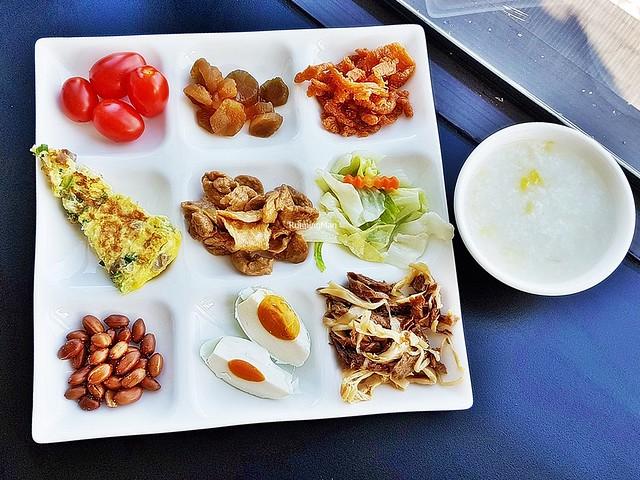Rice Porridge With Condiments