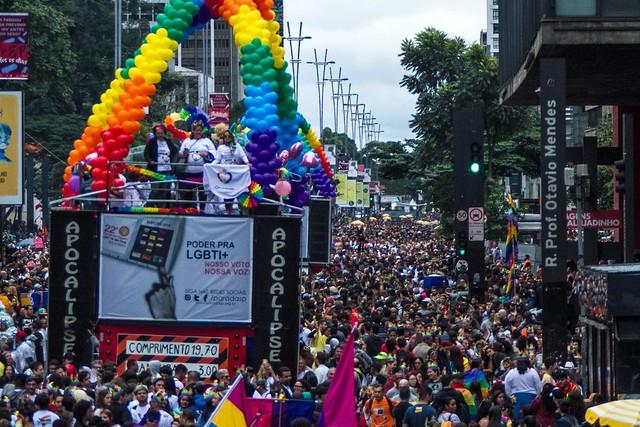 22ª Parada LGBT reúne milhares de pessoas em São Paulo  - Créditos: Joca Duarte