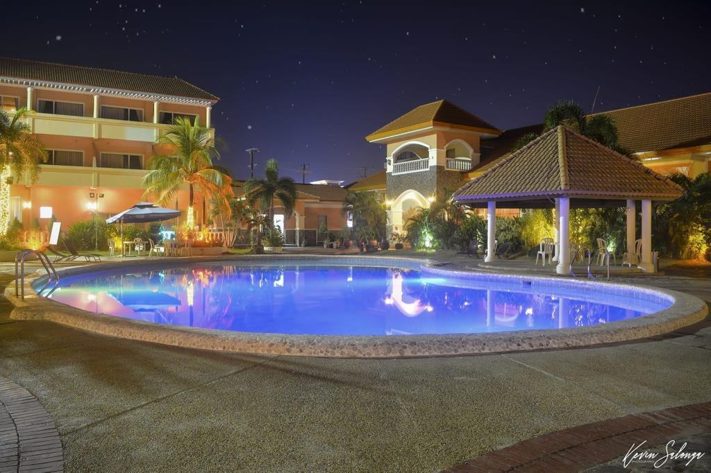 ZAMBALES BEACH RESORT - Vista Marina