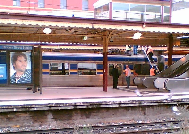 Train surfing incident, Flinders Street Station 18/5/2008