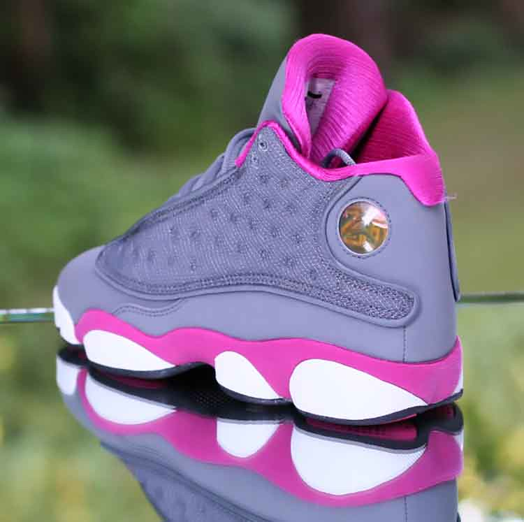... Nike Girl s Air Jordan 13 Retro GS Cool Grey Fusion Pink 439358-029  Kid s Size 9e26493f1