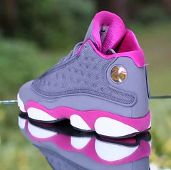 differently 04a48 0bf35 Nike Girl s Air Jordan 13 Retro GS Cool Grey Fusion Pink 439358-029 Kid s  Size 5.5Y