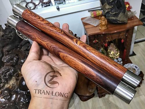 Côn nhị khúc gỗ Cẩm Lai thương hiệu Trần Long
