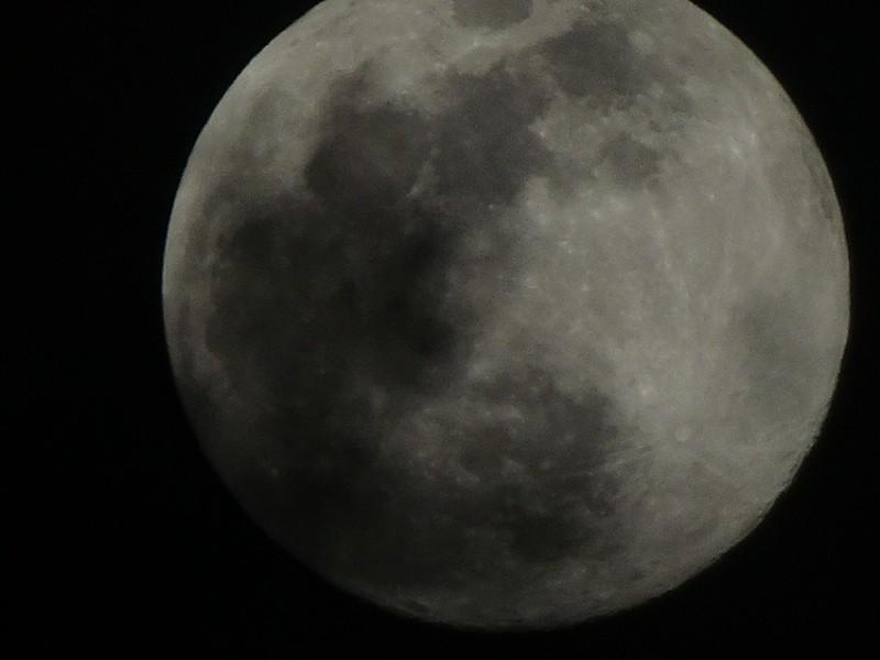 Luna Nublada 2