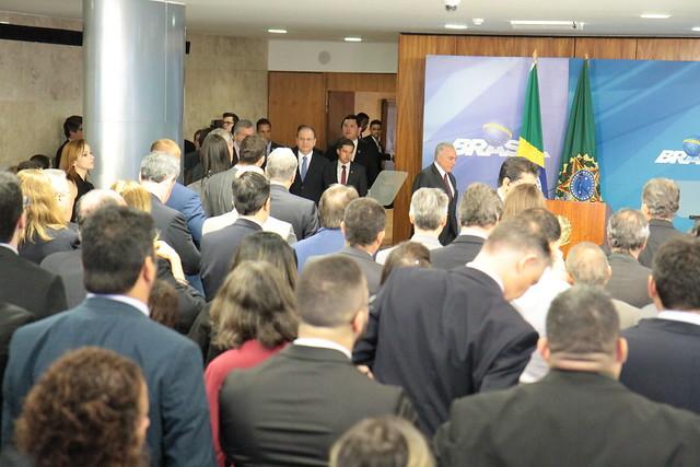 Ministro Helton Yomura participa da Solenidade de anúncio da ampliação dos saques do Fundo PIS/Pasep no Palácio do Planalto - Brasilia DF -  13-06-2018