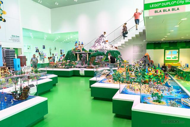 LEGO House 29