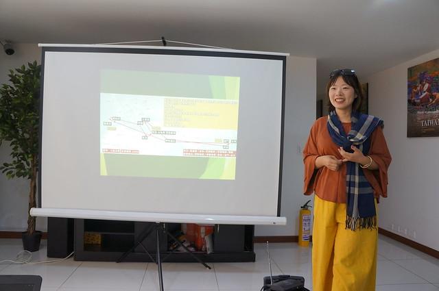 拉美-哥倫比亞-1070521 駐哥倫比亞代表處辦理「哥臺青年座談分享會」 知名旅遊作家雪兒進行講座, Sony NEX-5N, Sony E 18-55mm F3.5-5.6 OSS