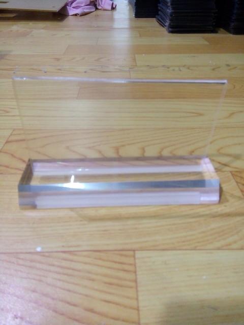 Biển chức danh sản xuất hàng loạt với giá rẻ bằng nhựa Mica trong (7)